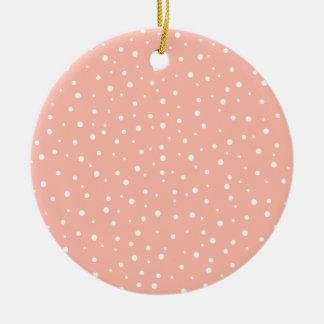 Modelo rosado y blanco manchado coralino ornato