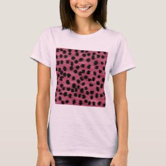 Modelo rosado y negro de la impresión del guepardo playera