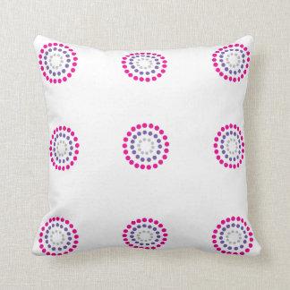 Modelo rosado y púrpura de los círculos cojin