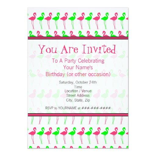 Modelo rosado y verde de la invitación del fiesta