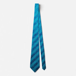 Modelo sucio de la raya azul corbata