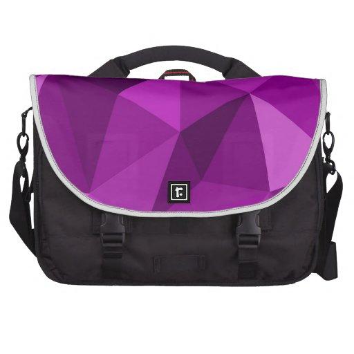 Modelo superficial de embalaje plano violeta bolsas de portatil