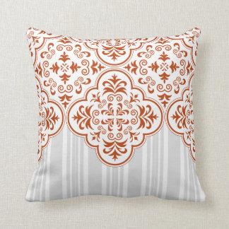 Modelo tradicional del damasco del moho almohada