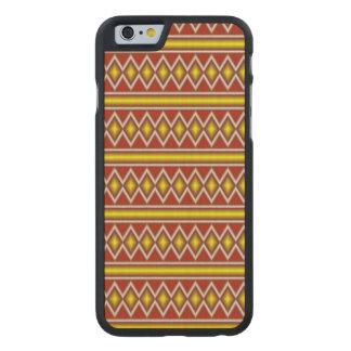 Modelo tribal amarillo y rojo funda de iPhone 6 carved® slim de arce