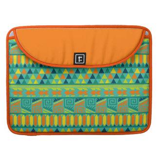 Modelo tribal azteca abstracto colorido de la funda para macbooks
