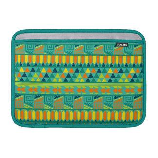 Modelo tribal azteca abstracto colorido de la fundas macbook air