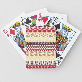 Modelo tribal azteca abstracto rojo poner crema de baraja de cartas
