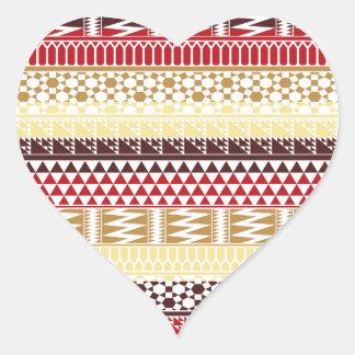 Modelo tribal azteca abstracto rojo poner crema de pegatina en forma de corazón