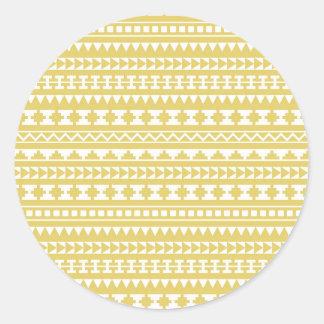 Modelo tribal azteca del amarillo ligero de la pegatina redonda
