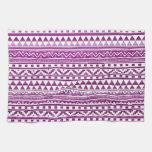 Modelo tribal azteca del extracto magenta de la toallas de cocina