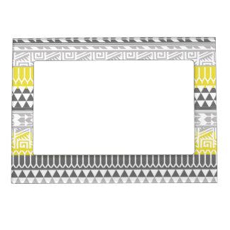 Modelo tribal azteca geométrico gris amarillo de marcos magnéticos para fotos
