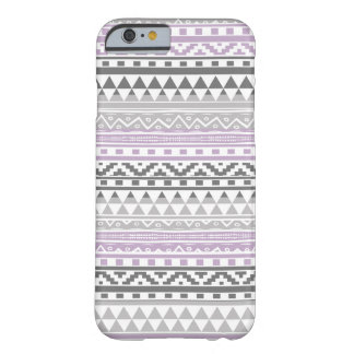 Modelo tribal azteca geométrico gris púrpura de la funda para iPhone 6 barely there