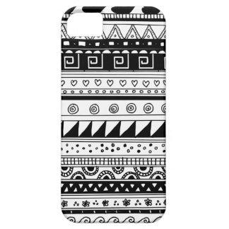 Modelo tribal blanco y negro iPhone 5 coberturas