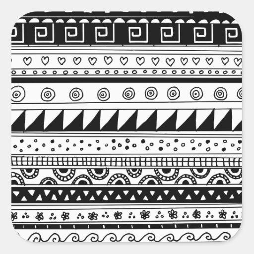 Modelo tribal blanco y negro pegatina cuadrada