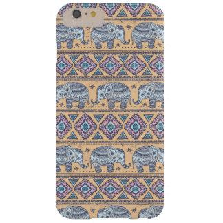 Modelo tribal del elefante étnico azul funda de iPhone 6 plus barely there