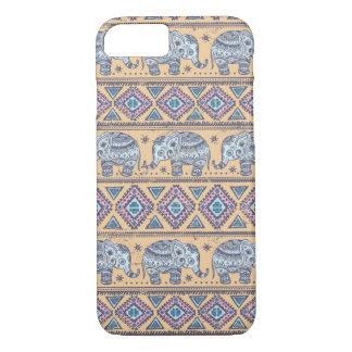 Modelo tribal del elefante étnico azul funda iPhone 7