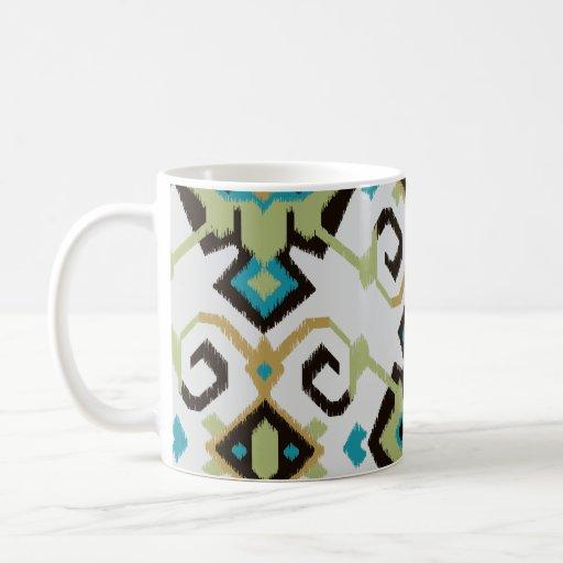 Modelo tribal del ikat azulverde geométrico elegan tazas de café