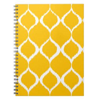 Modelo tribal geométrico amarillo de oro de la libro de apuntes