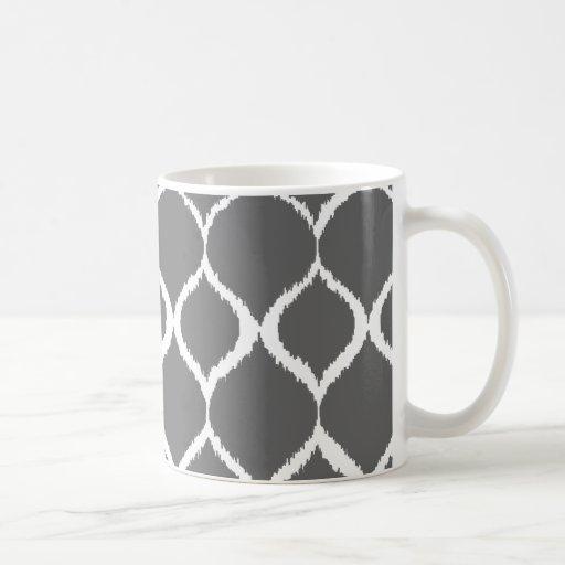 Modelo tribal geométrico de la impresión de Ikat Tazas De Café
