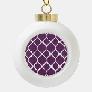 Modelo tribal geométrico púrpura de la impresión adorno de cerámica en forma de bola