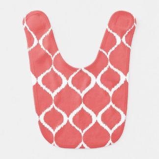 Modelo tribal geométrico rosado coralino de la babero para bebé