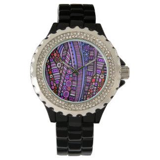 Modelo tribal púrpura enrrollado reloj de mano