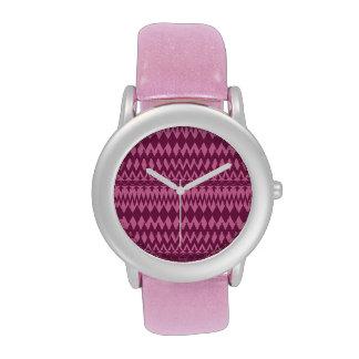 Modelo tribal rosado magenta femenino intrépido de reloj