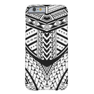 Modelo tribal samoano detallado del tatuaje funda para iPhone 6 barely there