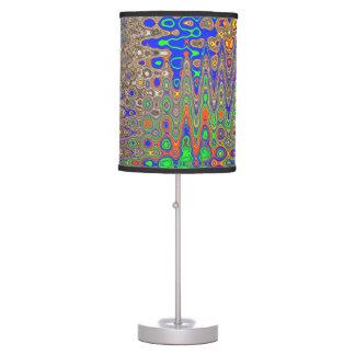 modelo trippy frecuencia intermedia lámpara de mesa