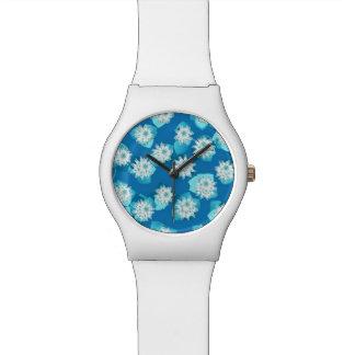 Modelo, turquesa, azul y blanco del lirio de agua relojes de pulsera