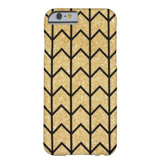 Modelo único de Chevron del oro del zigzag negro Funda Para iPhone 6 Barely There