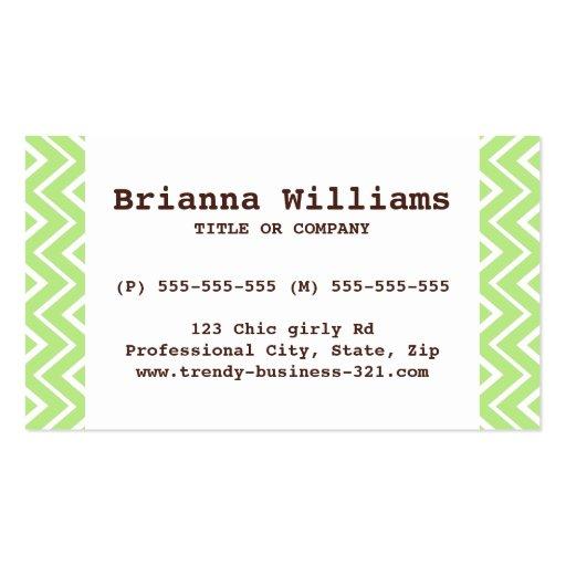 Modelo verde caprichoso elegante y de moda del tarjetas de visita