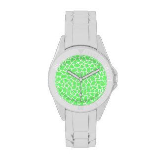 Modelo verde claro de la jirafa del estampado de a relojes de pulsera