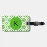Modelo verde con monograma de Kelly Quatrefoil Etiquetas Para Maletas