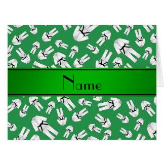 Modelo verde conocido personalizado del karate tarjeta de felicitación grande