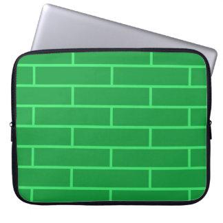 Modelo verde de la estructura de los ladrillos fundas computadoras