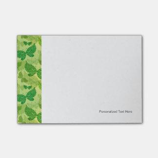 Modelo verde de la primavera notas post-it®