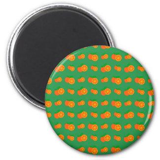 Modelo verde de los naranjas imán redondo 5 cm