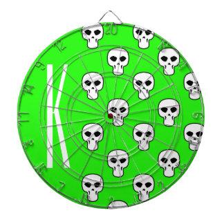 Modelo verde de neón de los cráneos tabla dardos