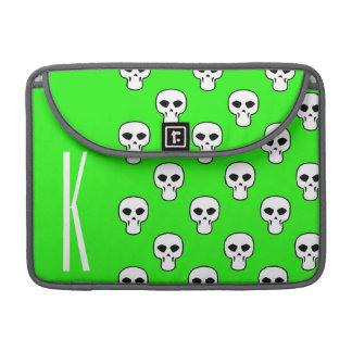 Modelo verde de neón de los cráneos fundas para macbook pro