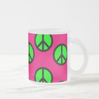 Modelo verde de neón del Hippie del signo de la pa Tazas De Café