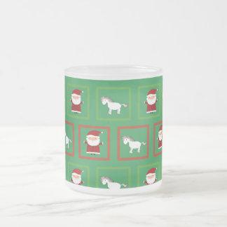 Modelo verde de Papá Noel de los unicornios Taza Cristal Mate