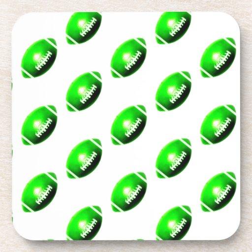 Modelo verde del fútbol posavasos