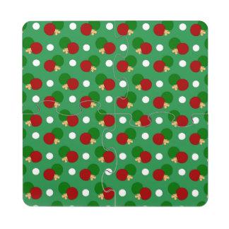 Modelo verde del ping-pong posavasos de puzzle