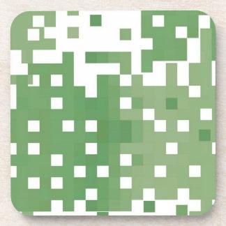 Modelo verde del pixel posavasos de bebidas