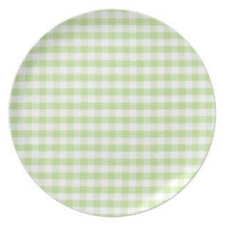 Modelo verde en colores pastel de la guinga plato de comida