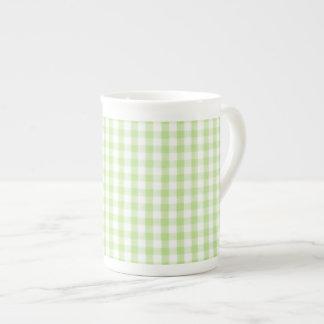 Modelo verde en colores pastel de la guinga tazas de china