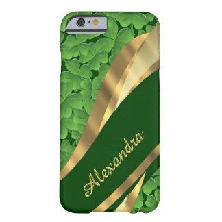 Modelo verde irlandés personalizado del trébol funda barely there iPhone 6