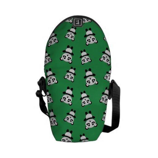 Modelo verde lindo de la panda bolsa de mensajeria