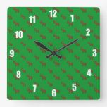 Modelo verde lindo del reno reloj de pared